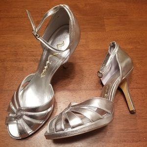 EUC Nina Silver Leather Ankle Strap Pumps